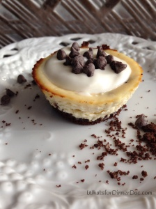 Chocolate chip cheesecake cups