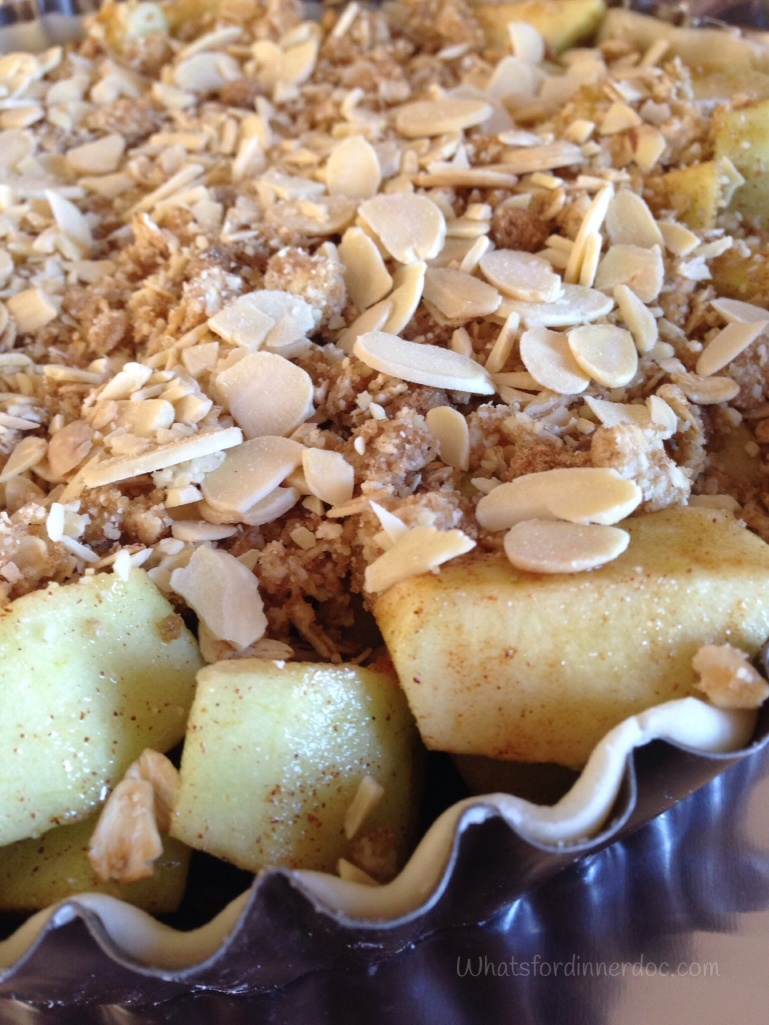 Apple Almond Crumb Pie