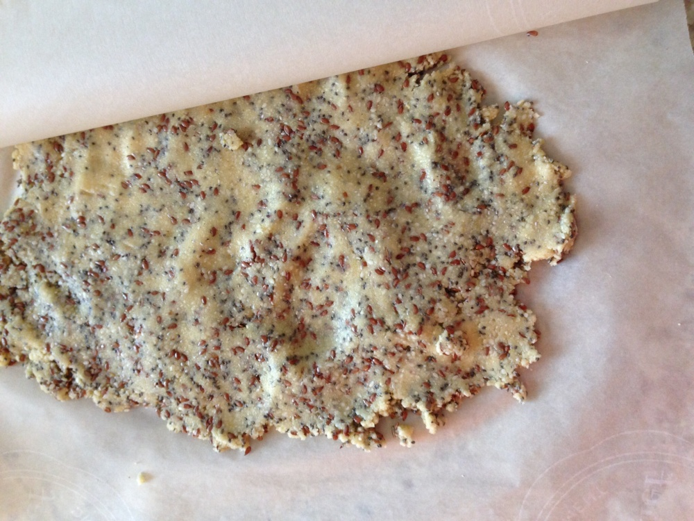 Grain Free Almond, Flax, And Chia Seed Crackers (6/6)